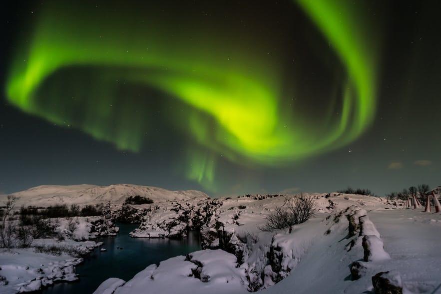 冰島追極光拍極光技巧公開
