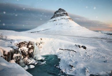 ท่องเที่ยว 8 วันช่วงฤดูหนาวพร้อมไกด์ทัวร์รอบประเทศไอซ์แลนด์   ทัวร์กลุ่มเล็ก
