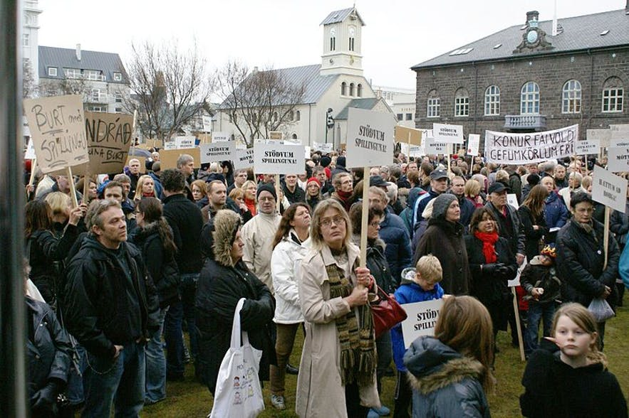 The Kitchenware protests took over downtown Reykjavik in 2008.