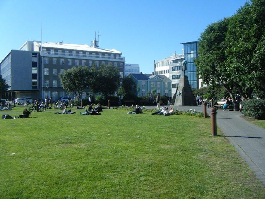 유명한 공원이지 집회 장소인 외이스튀르보들뤼르 공원