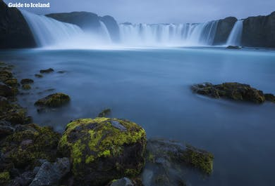 夏のセルフドライブツアー7日間 最短日数でアイスランド一周