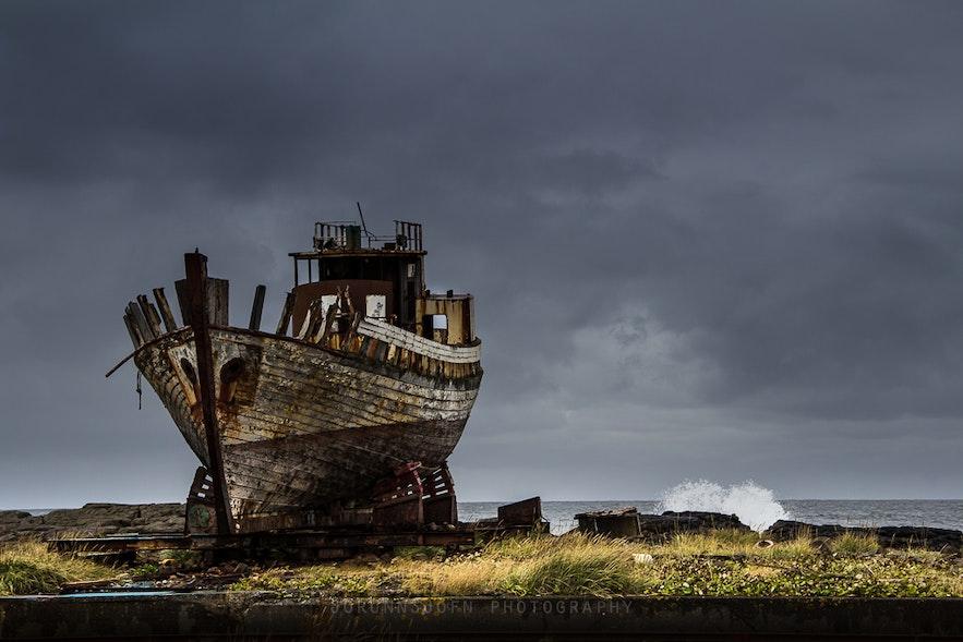 Höfrungur (dolphin) shipwreck in Iceland