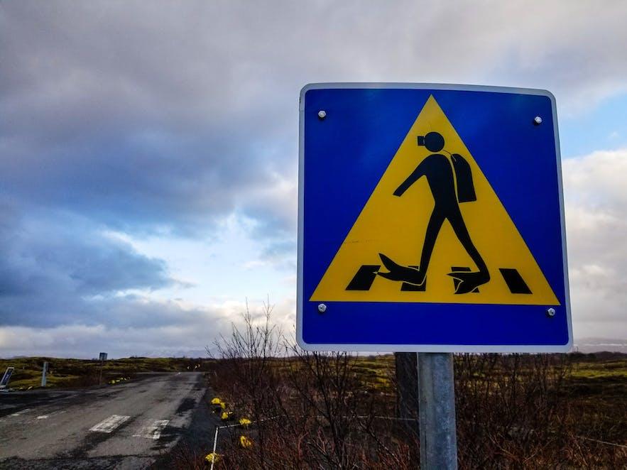 Thingvellir Scuba Crossing