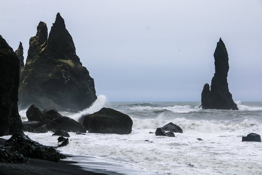 picture black sand beach Iceland
