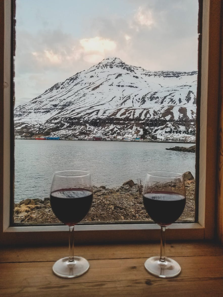 Cost of Wine in Iceland - priceless