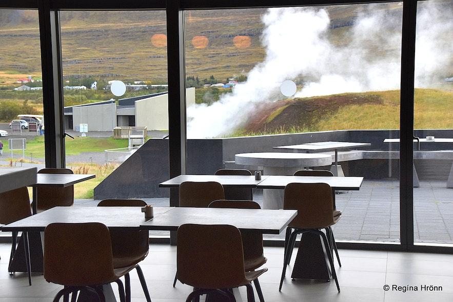 Krauma restaurant with a view of Deildartunguhver