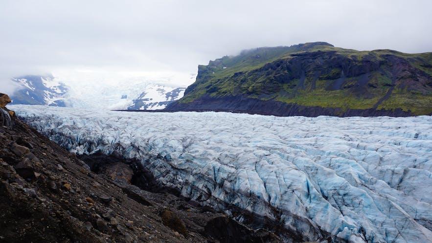 冰島冰川上能找到廁所嗎
