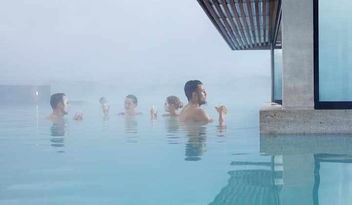 冰岛经典小团一日游 黄金圈+蓝湖温泉(含门票)+凯瑞斯火山口