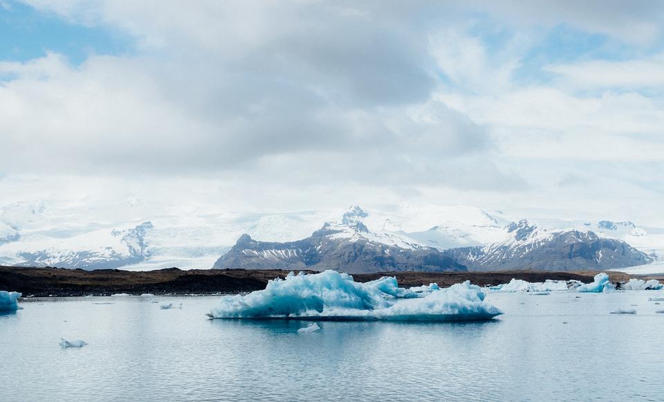 La laguna del glaciar Jokulsarlon, el lago glaciar más profundo de Islandia, situado en la parte sudeste del país.