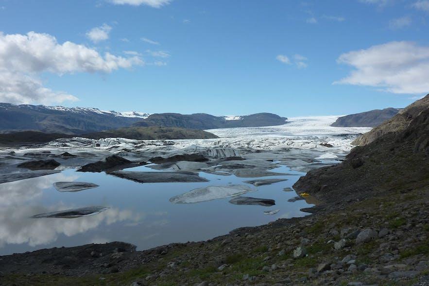 冰岛南岸霍芬镇旁的霍芬冰湖Hoffell