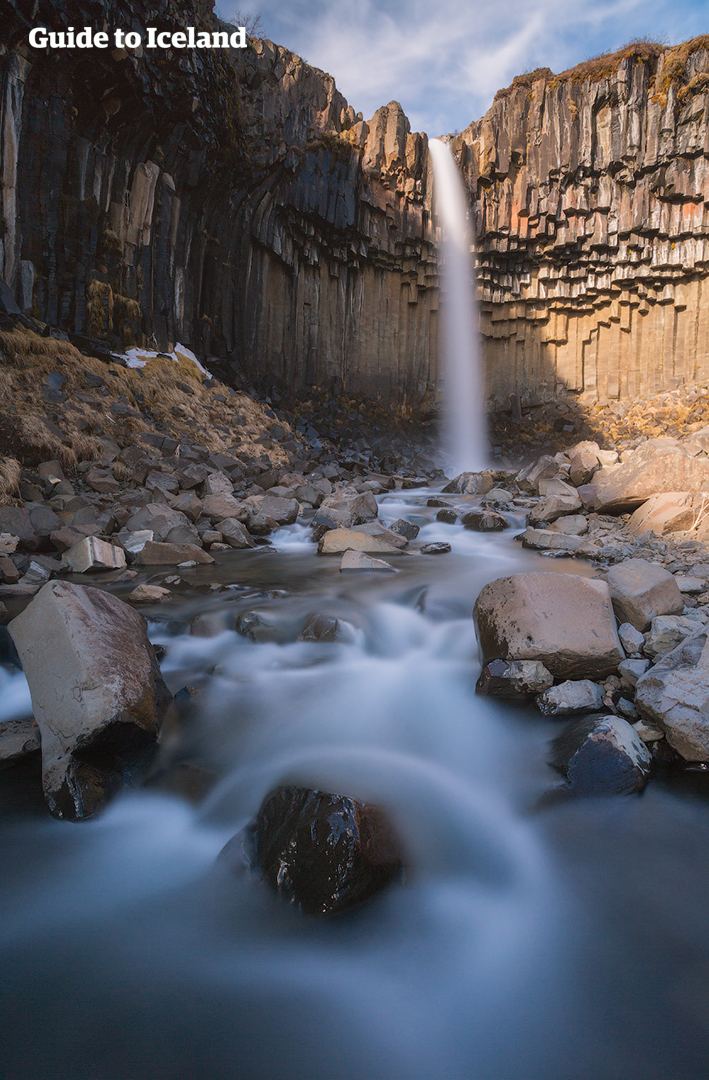 Das Naturreservat Skaftafell schmiegt sich in eine Gletscherlandschaft.