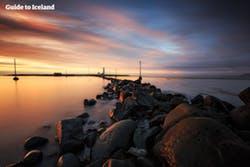 Ganz am Ende der Halbinsel Reykjanes steht der Reykjanesviti-Leuchtturm.