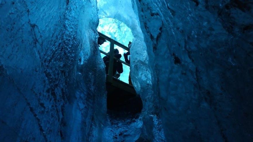 El recorrido por la cueva, con subidas y bajadas