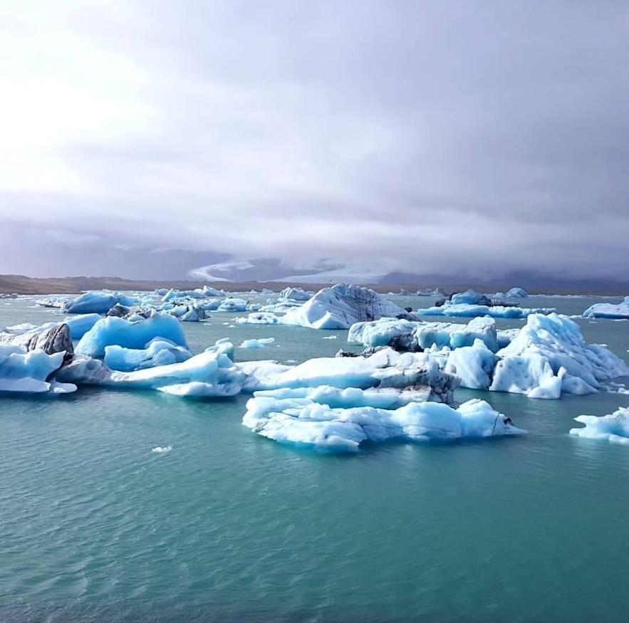 Gletscherlagune Jökulsarlon im Süden Islands.