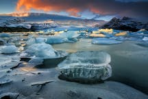 See the Glacier lagoon