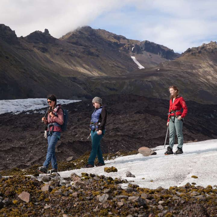Small Group 3 Hour Glacier Hike on Falljokull with a Certified Guide with Transfer from Skaftafell