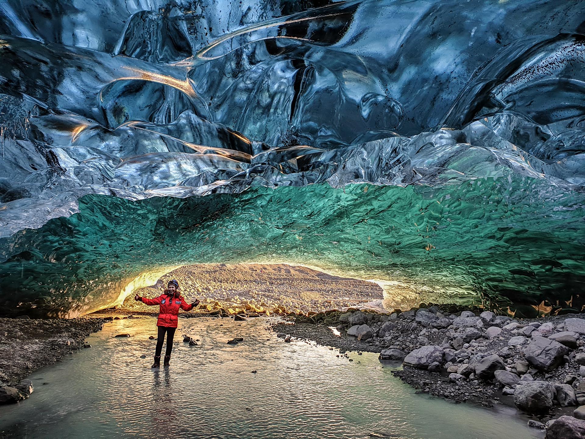 Visite Ice Cave   A l'intérieur du plus grand glacier d'Europe