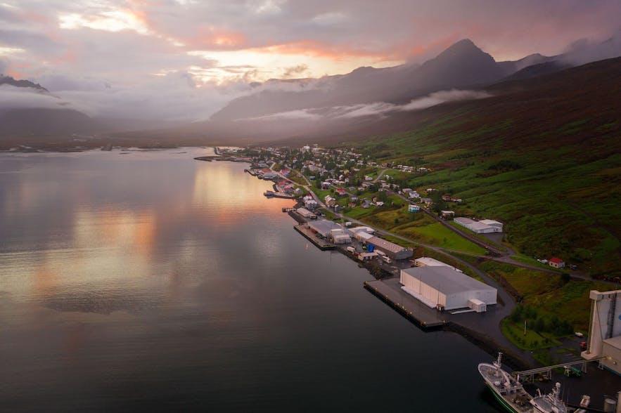 Fáskrúðsfjörður town in East Iceland