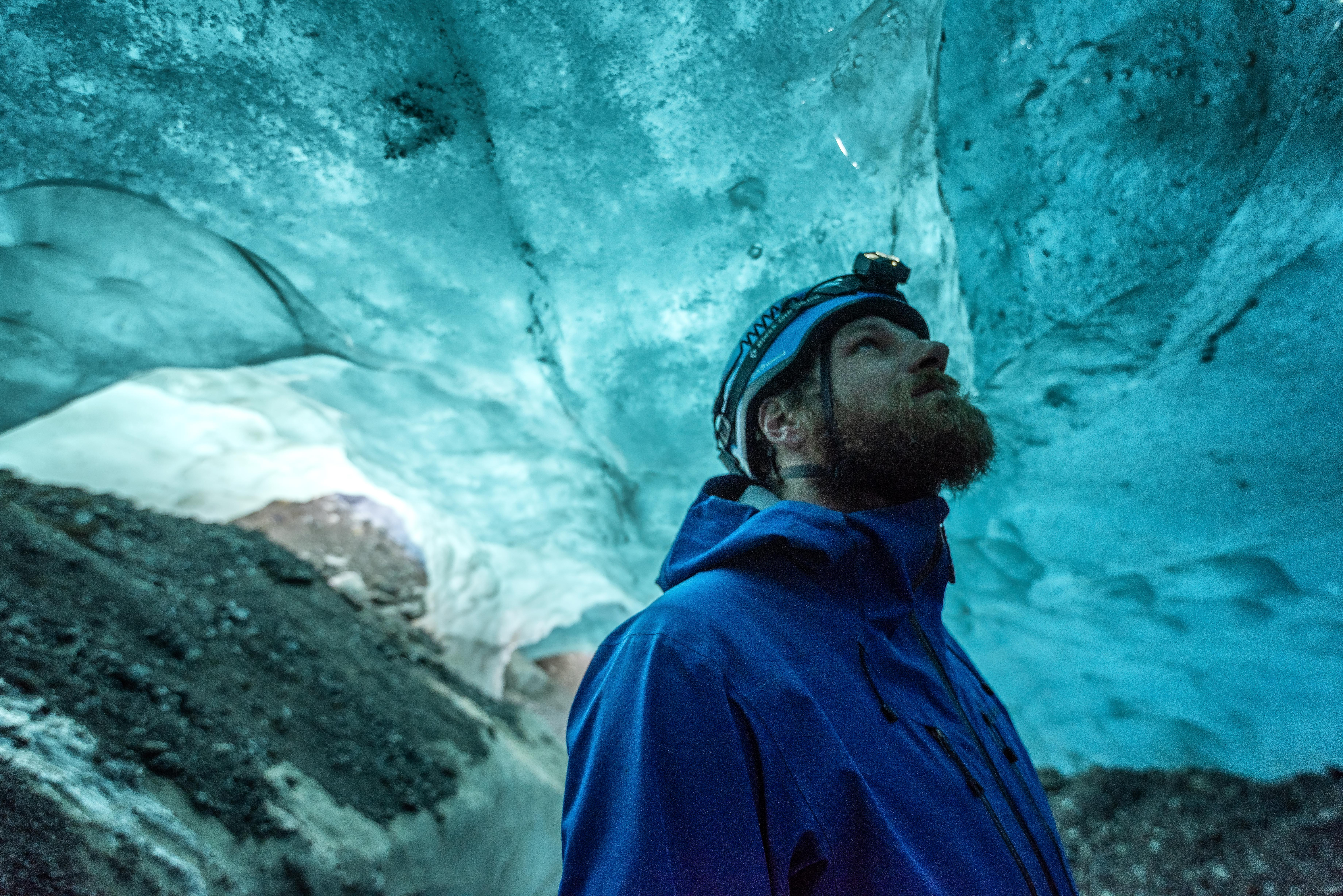 Small Group 4 Hour Blue Ice Caving Tour & Glacier Hike on Vatnajokull with Transfer from Skaftafell
