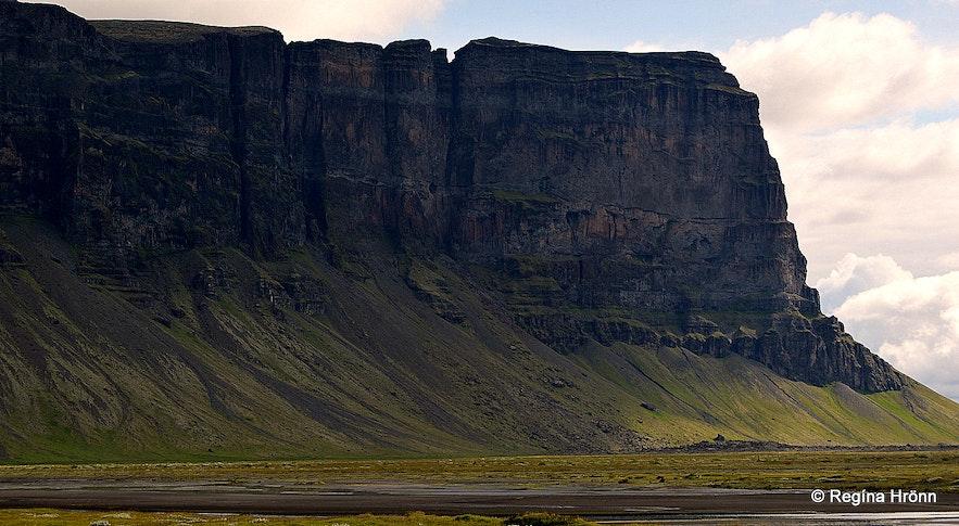 Mt. Lómagnúpur in South-Iceland