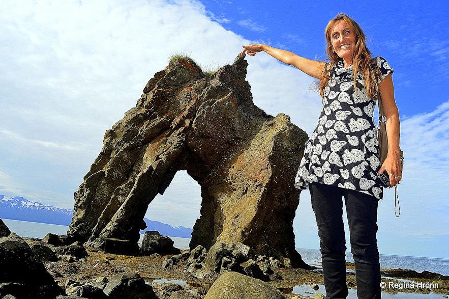 Regína by Gatanöf arch-rock on Bakkahöfði cape North-Iceland