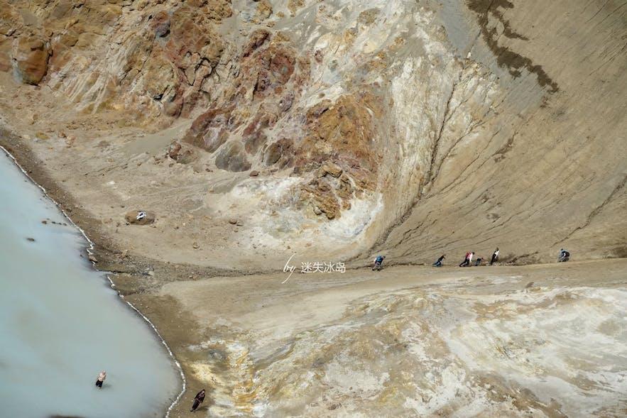 一日游去奇幻的冰岛阿斯基亚火山,我看到了NASA的训练营!
