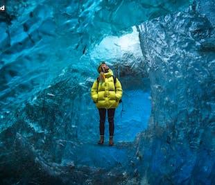 Тур в ледяные пещеры на леднике Ватнайёкютль | Отправление от Йокульсарлон