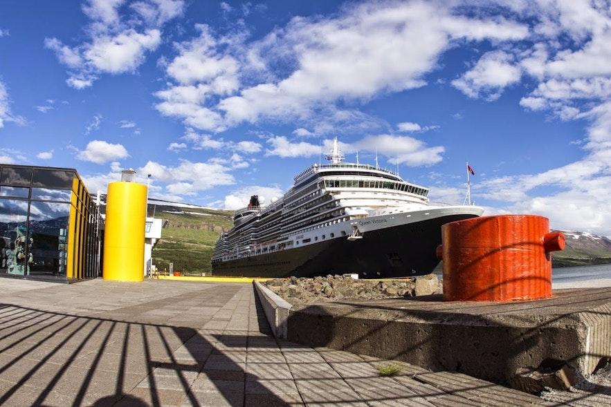 Prendre le bateau pour venir en Islande avec sa voiture