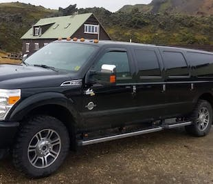 Private Tour. 10 Passengers per Car / Limosine / Golden Circle / South Coast / Snæfellsnes / Multid
