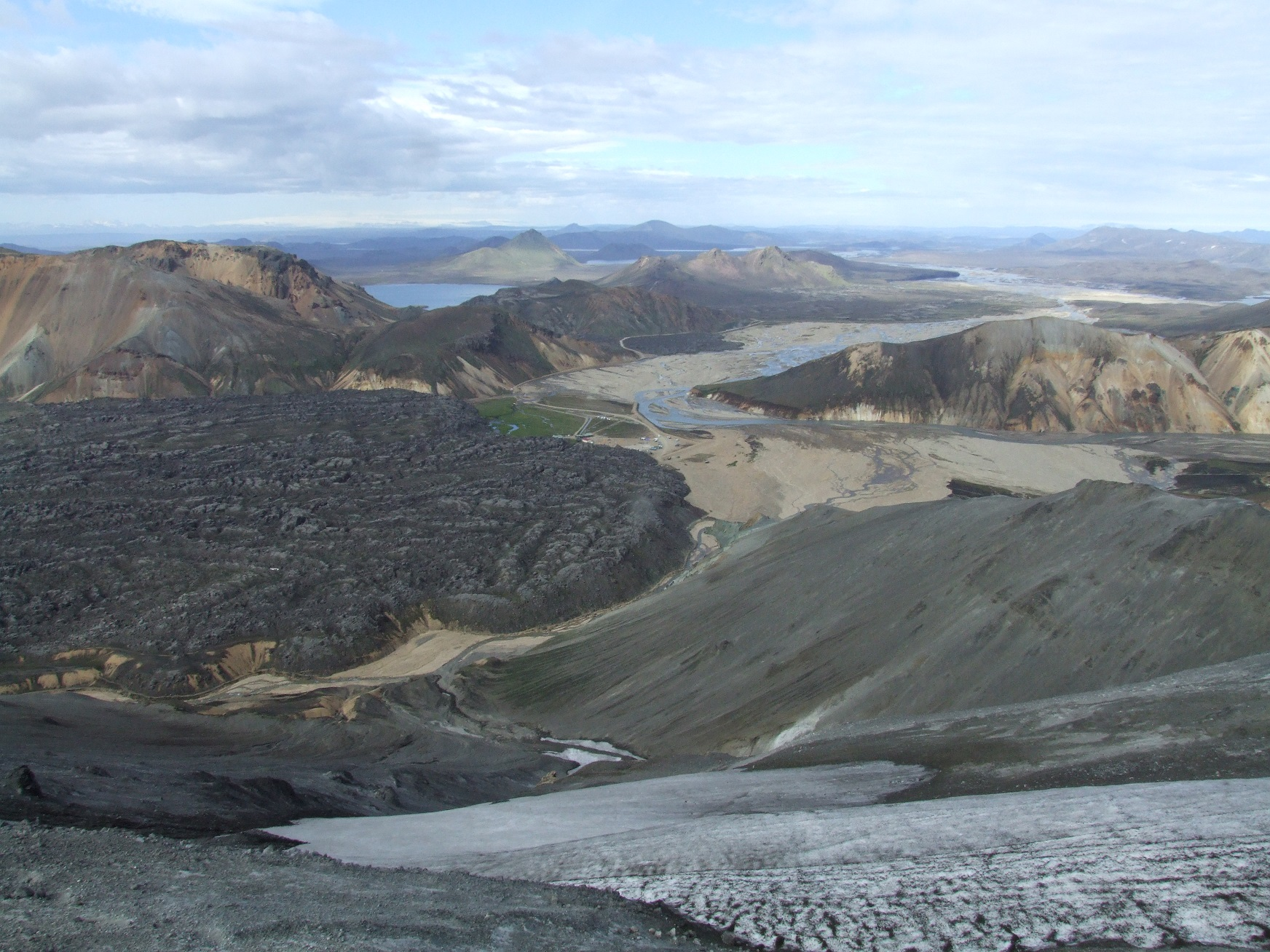 Guided 5 Day Hiking Tour of Iceland's Laugavegur Trail with Camping in Mountain Hunts - day 1