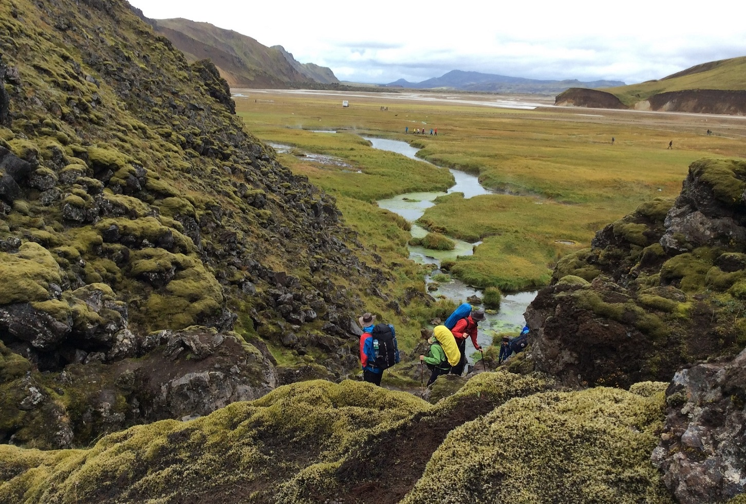 Guided 5 Day Hiking Tour of Iceland's Laugavegur Trail with Camping in Mountain Hunts - day 2