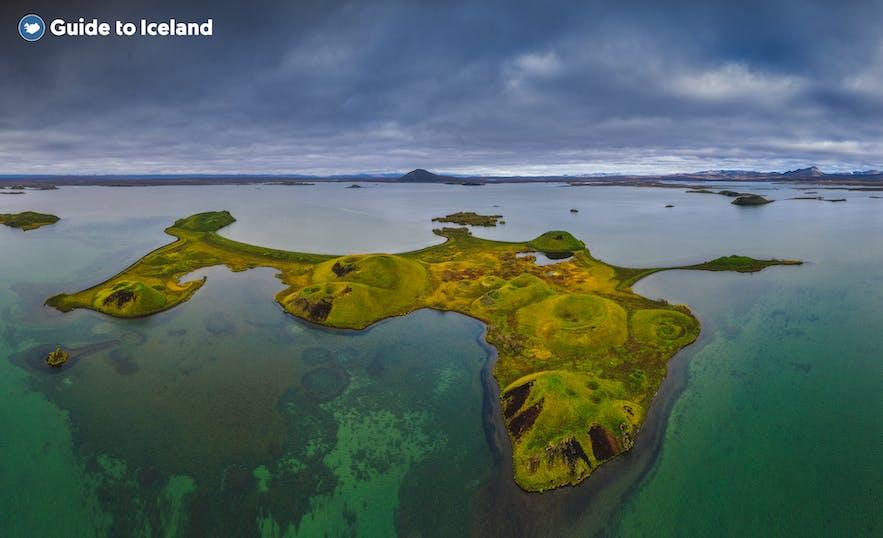 De pseudovulkanische kraters aan het Mývatn-meer