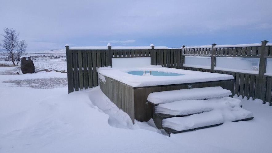 El jacuzzi, de nieve hasta arriba