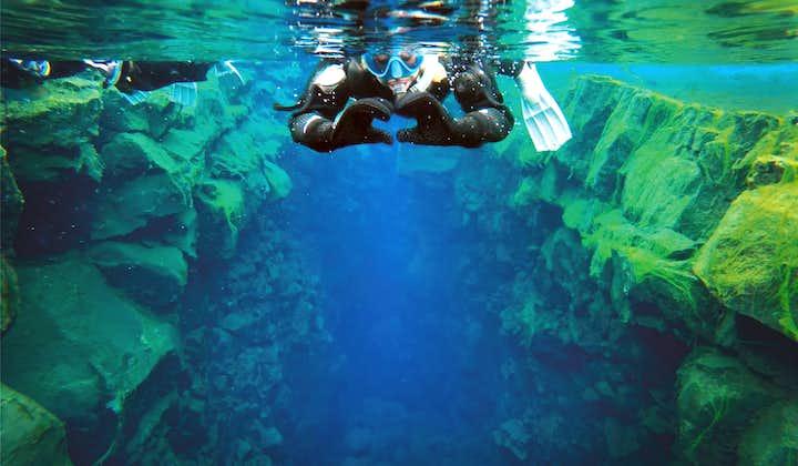 Snorkelen tussen continenten in Silfra | Gratis onderwaterfoto's