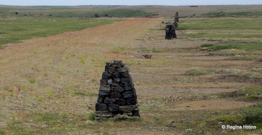 Old cairns between Mývatn and Vopnafjörður