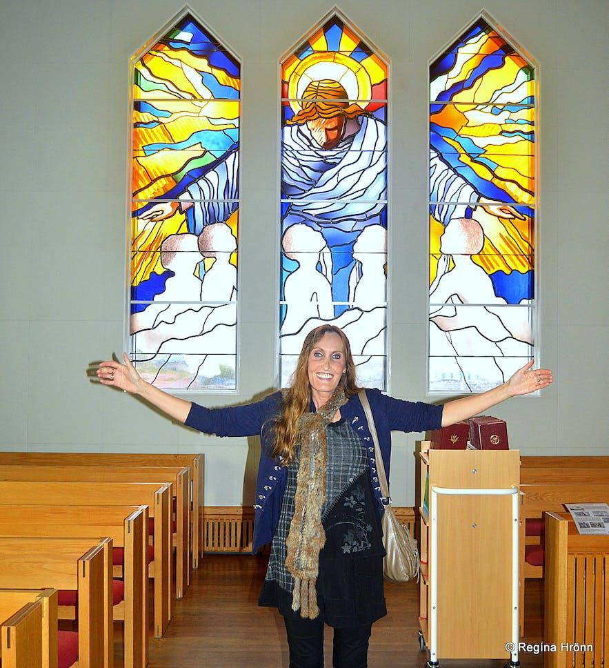 Regína inside Grundarfjarðarkirkja church