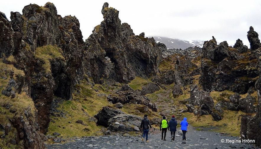 Lava wonderland at Djúpalónssandur