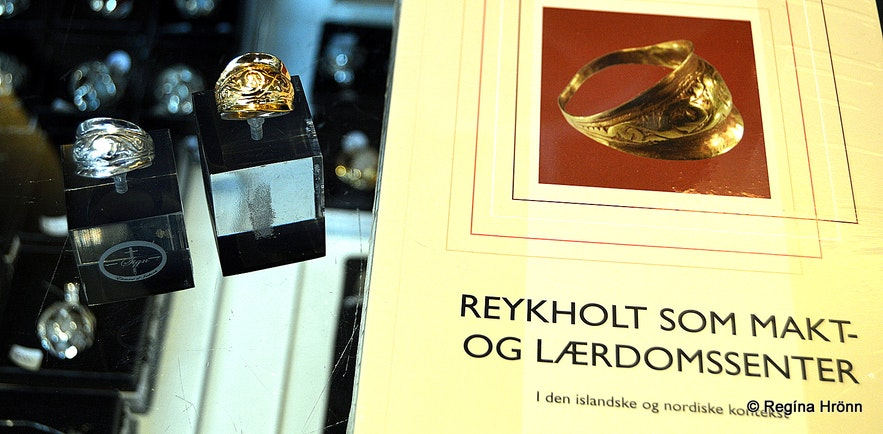 The replica of the ring found at Reykholt