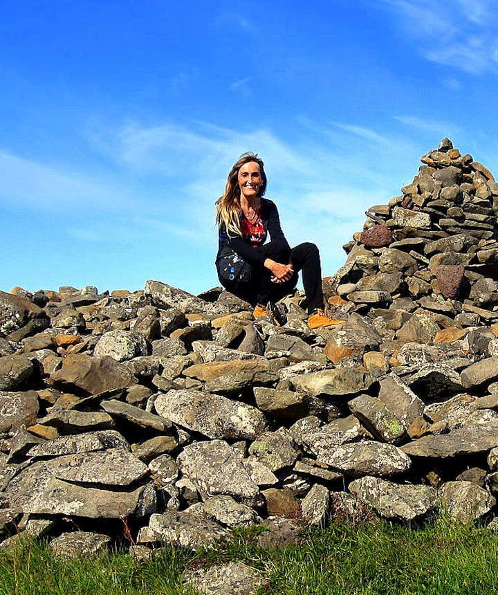 Regína at Þorgeirsdys burial mound at Hraunhafnartangi NE-Iceland