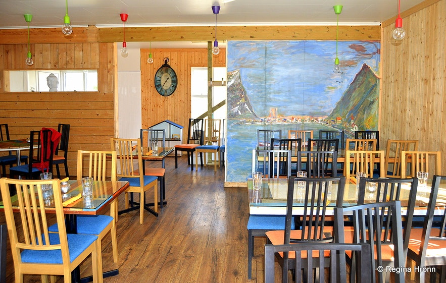 Patreksfjörður village Westfjords - Inside Heimsendi resturant