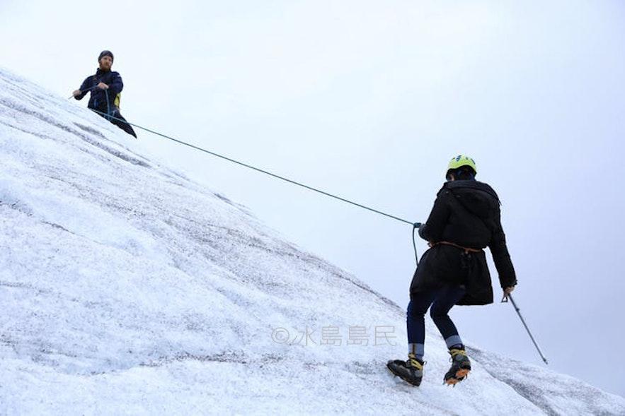 冰川遊繩下降