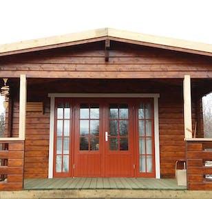 Bakkakot - cozy cabin in the woods