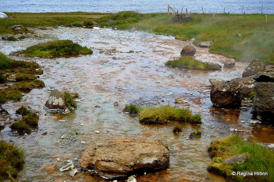 Krossneshverir geothermal area at Strandir