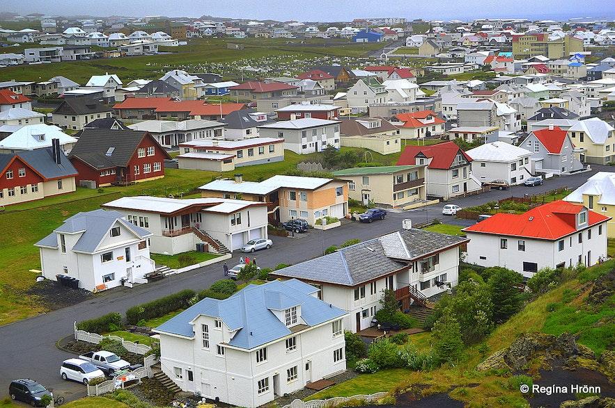 A modern-day Viking - the Heroic Deed of the Fisherman Guðlaugur Friðþórsson in the Westman Islands
