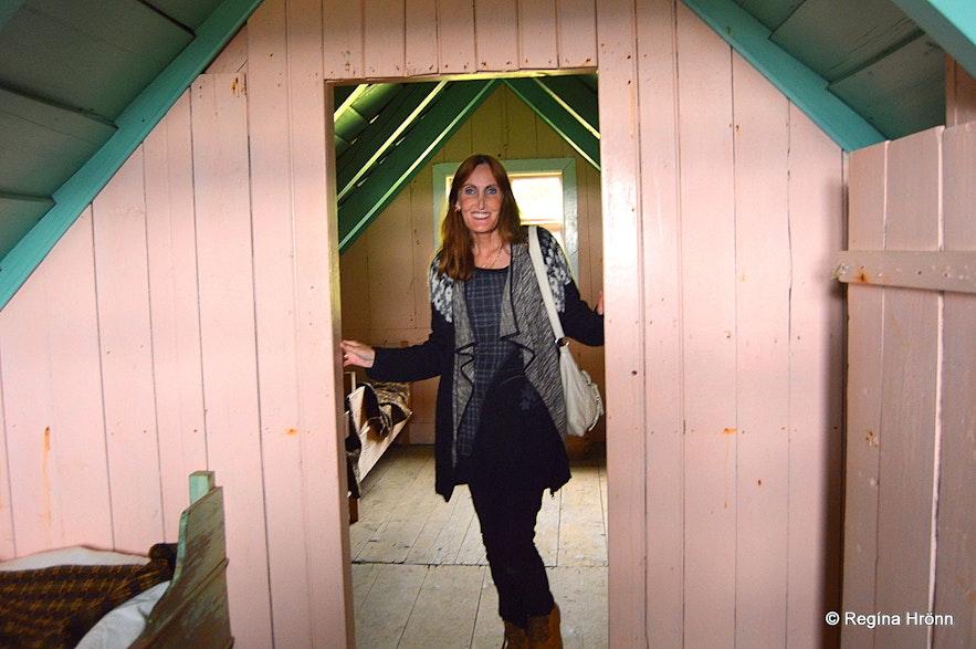 Regína inside Selið turf house in Skaftafell
