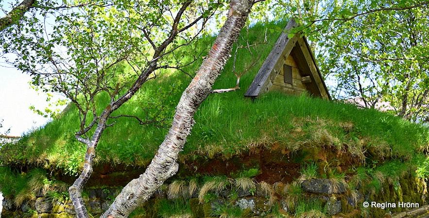 Efri-Brú turf chapel in South-Iceland