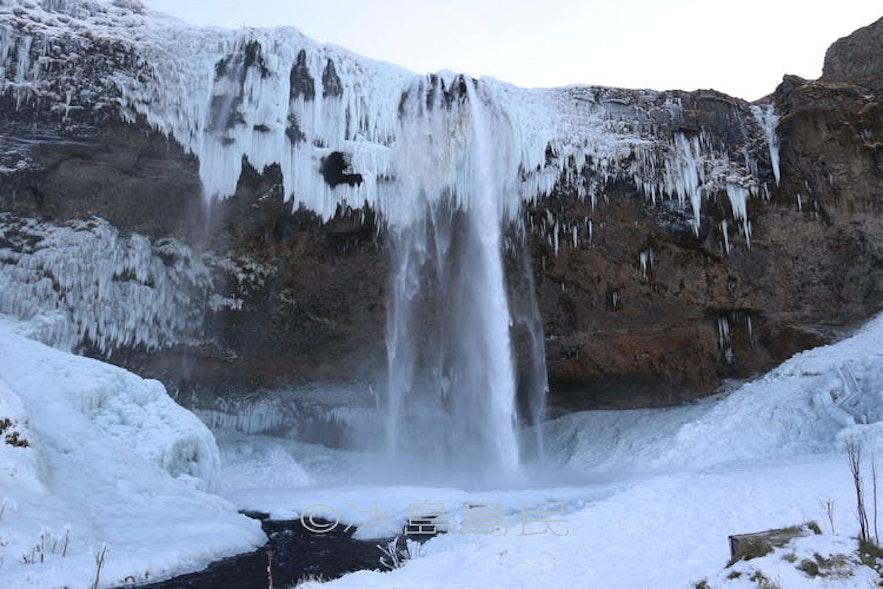 塞里雅蘭瀑布,Seljalandsfoss 冰島冬季