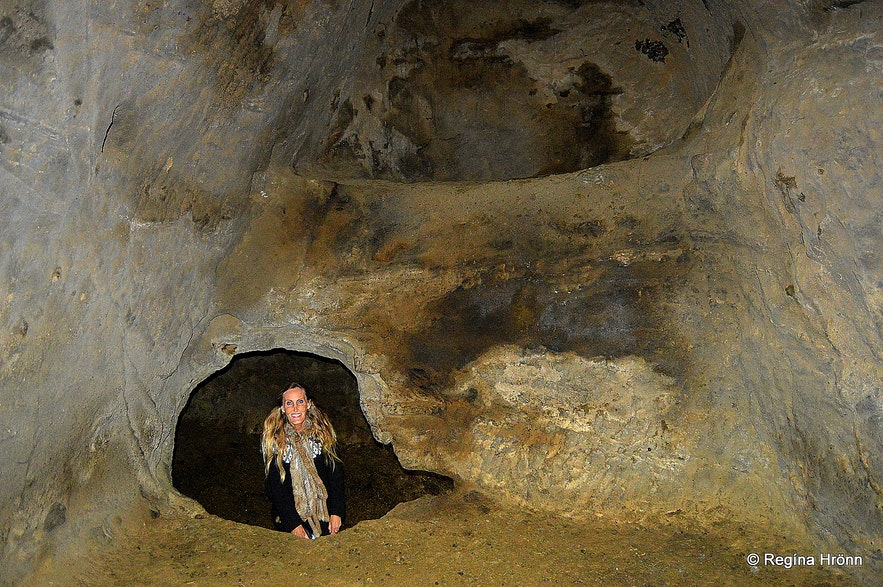 Regína inside Rútshellir cave South-Iceland