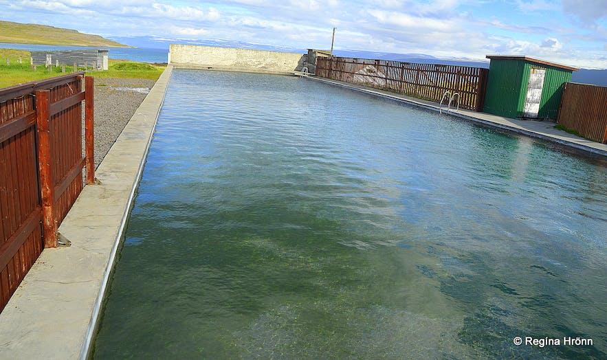 The geothermal swimming pool at Reykjanes