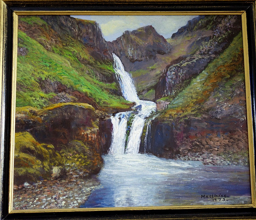 A painting of Kvernárfoss waterfall belonging to Regína